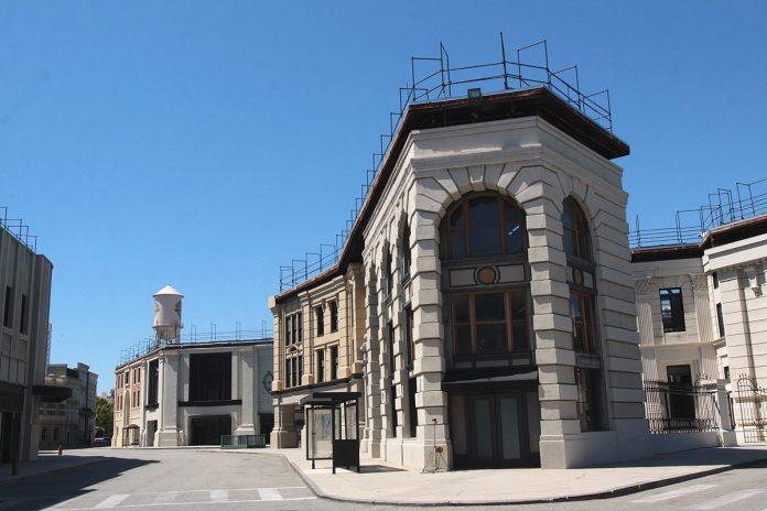 Studios Warner Bros.