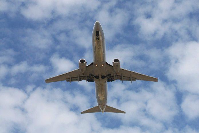 Avion Los Angeles